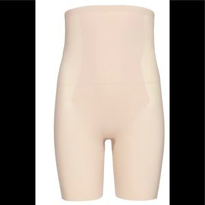 NWT SPANX Thinstincts High Waisted Shorts Nude Sm